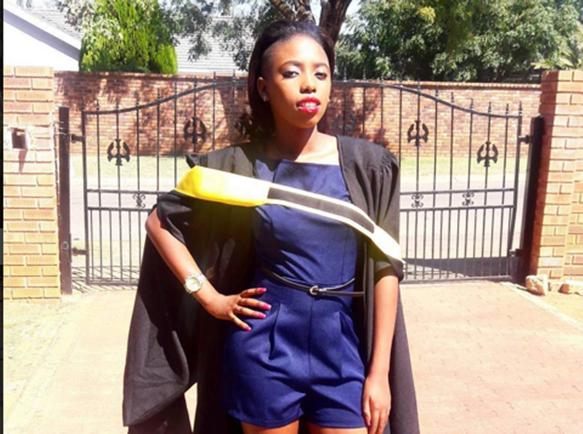 TOP 10 FEMALE CELEBRITIES WITH BEAUTY AND BRAINS